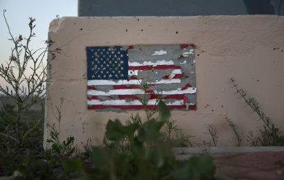 War art: U.S. militaries based in the Persian Gulf region painted war zone walls