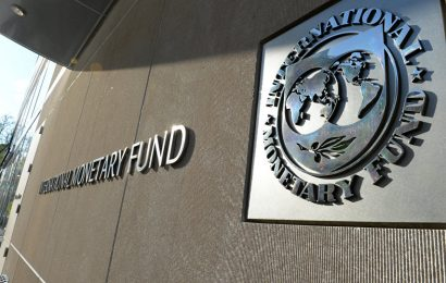 IMF warns over global economic stagnation