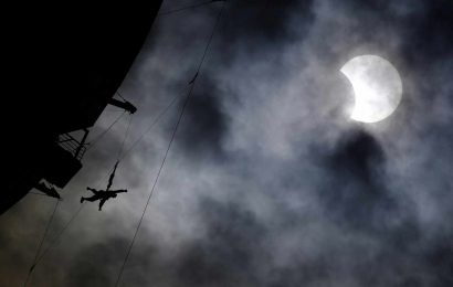 Solar Eclipse 2017 in Pictures