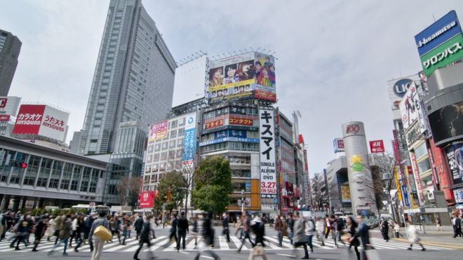 Japan avoids falling into recession