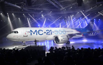Russia's New Passenger Plane Competes with Boeing 737 Aircraft