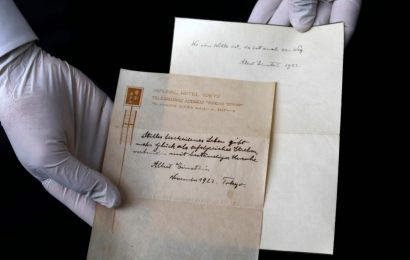 Einstein's Theory of Happiness Sold for More Than $1 Million
