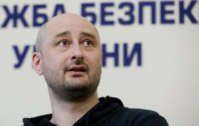 """Russian journalist not as """"dead"""" as reported"""