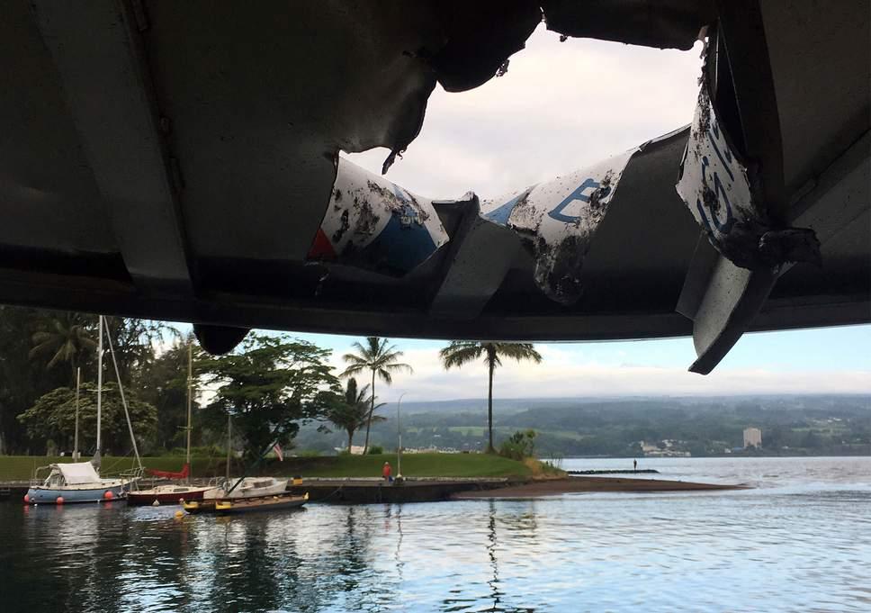 lava-bomb-hawaii-boat-tour-westherald