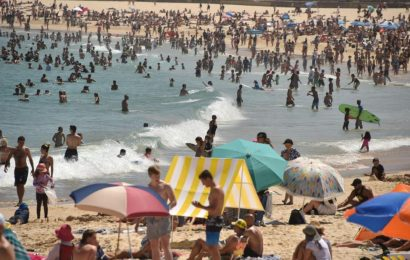 Australia's Heatwave Hits Record-Breaking Temperatures