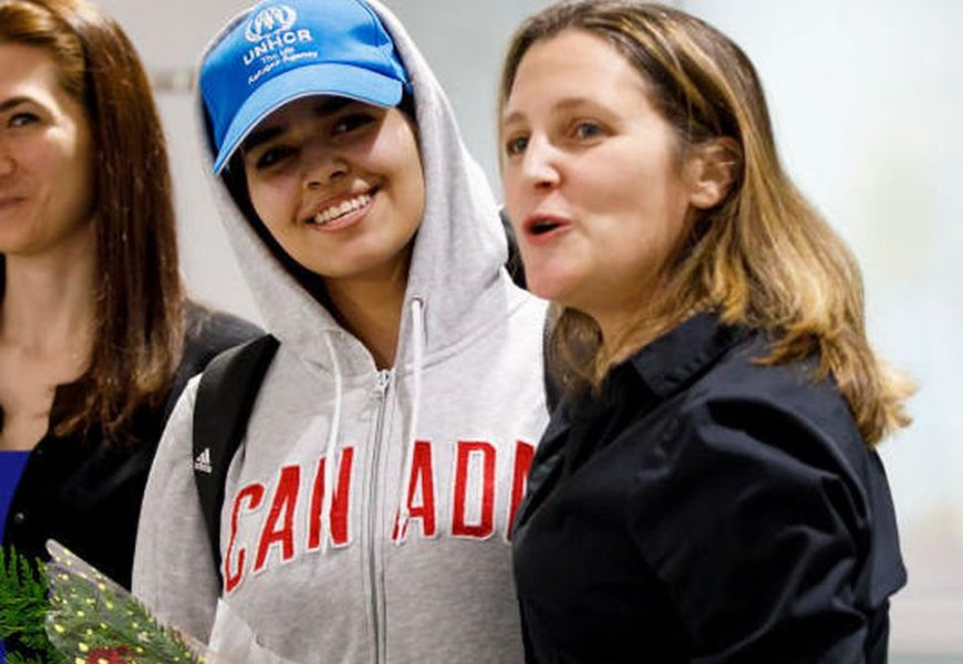 Saudi Teen That Fled Her Family Arrived in Canada